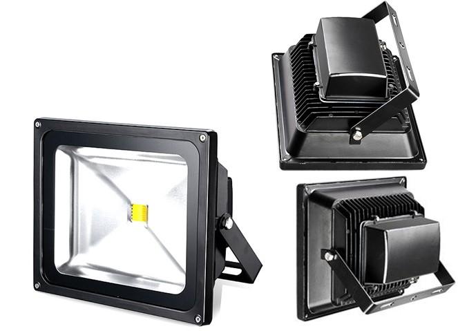 Faro LED 50W – Classic